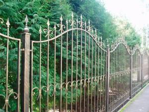 сварной забор с коваными элементами с установкой от производителя